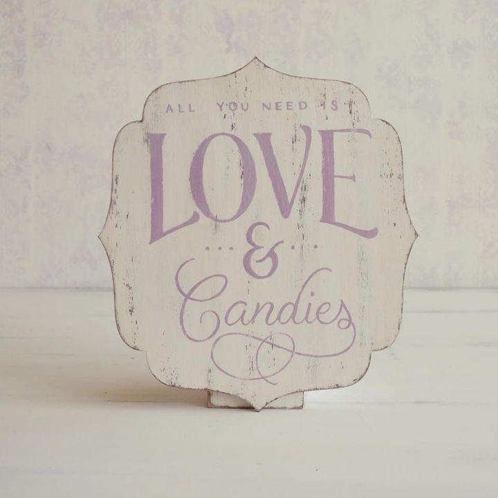 Tabllita decorativa pictata manual-Love & Candies