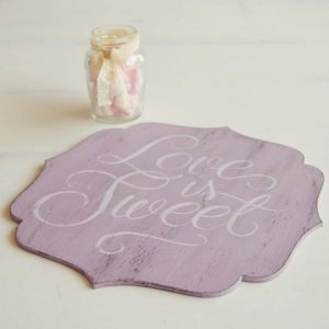 Tablita decorativa pictata manual- Love is sweet!