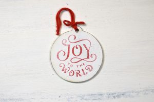 Ornament de brad-Joy to the world