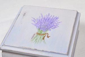 Lavande, mon amour- cutie din lemn pictata manual