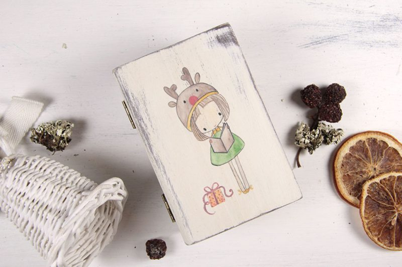 Cutiuta tip carte pictata manual-Christmas time