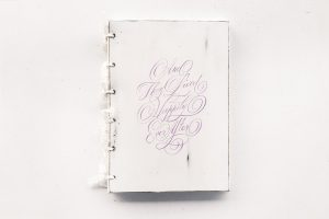 Guestbook personalizat, pictat manual -And they lived happily ever after