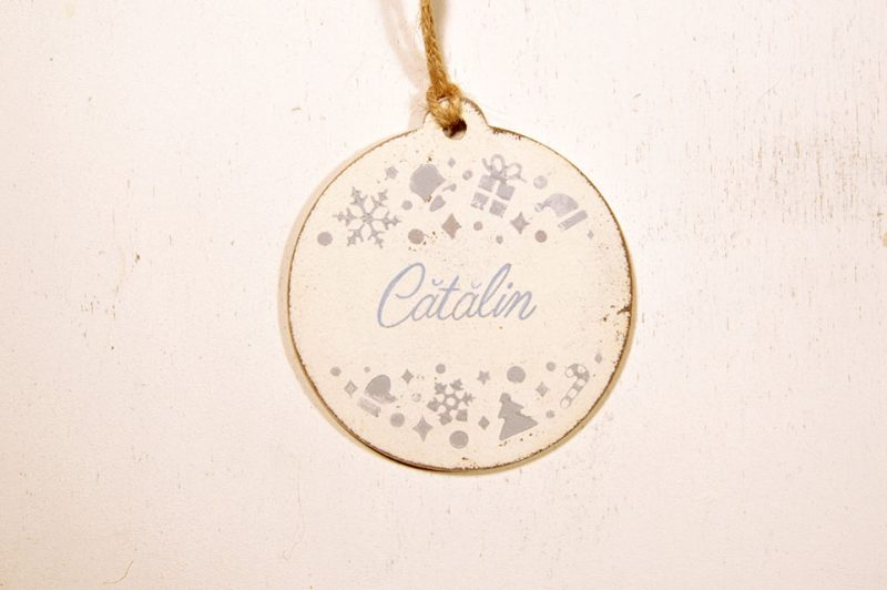 Ornament de brad personalizat cu nume -blue