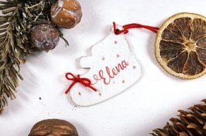 Ornament de brad personalizat cu nume botosei pentru fetite 3
