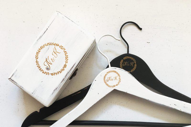 Set personalizat - Happy Bride- umerase, cutie verighete, guestbook, cutie dar